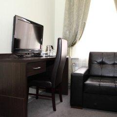 Гостиница Парадная 3* Улучшенный номер с различными типами кроватей фото 7