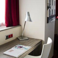 Отель ILUNION Barcelona 4* Стандартный номер с различными типами кроватей фото 8