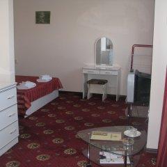 Гостиница Максимус в Анапе 6 отзывов об отеле, цены и фото номеров - забронировать гостиницу Максимус онлайн Анапа комната для гостей фото 4