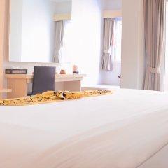 Отель Andatel Grandé Patong Phuket 4* Улучшенный номер с различными типами кроватей фото 6