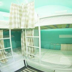 Хостел GOROD Патриаршие Кровать в общем номере с двухъярусной кроватью фото 3