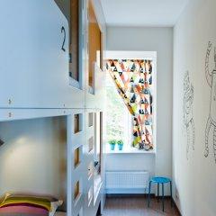 Хостел Graffiti L Кровать в женском общем номере с двухъярусной кроватью фото 2