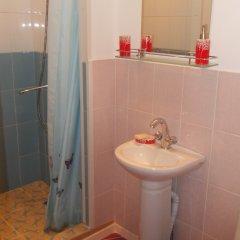 Мини-отель Лира Номер Комфорт с различными типами кроватей фото 4