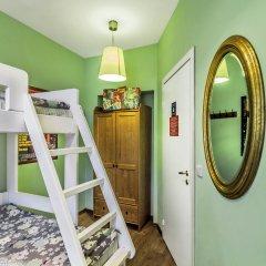 Хостел Друзья на Банковском Номер с общей ванной комнатой с различными типами кроватей (общая ванная комната)