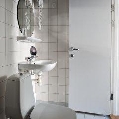 Good Morning + Copenhagen Star Hotel 3* Стандартный номер с различными типами кроватей фото 10