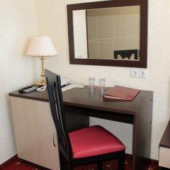 Гостиница AMAKS Центральная Номер Бизнес разные типы кроватей фото 5