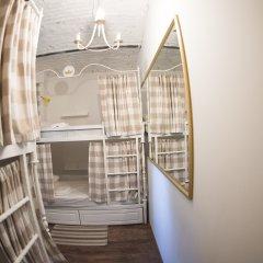 Хостел GOROD Патриаршие Кровать в общем номере с двухъярусной кроватью фото 2