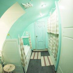 Хостел GOROD Патриаршие Кровать в общем номере с двухъярусной кроватью фото 7