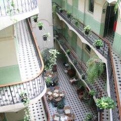 Отель Peninsular