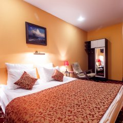 Мини-отель Jenavi Club Стандартный номер с разными типами кроватей фото 9