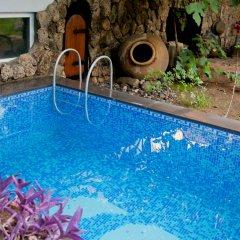 Отель Hin Yerevantsi бассейн фото 2