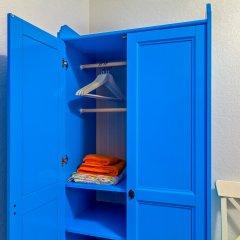 Хостел Друзья на Литейном Номер с различными типами кроватей (общая ванная комната) фото 12