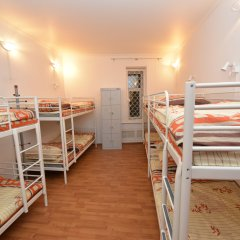 Хостел Абрикос Кровать в общем номере с двухъярусными кроватями фото 4