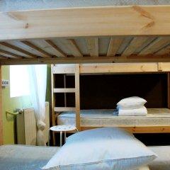 Хостел PopCorn Кровати в общем номере с двухъярусными кроватями фото 2