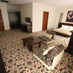 Гостиница Блюз Улучшенная студия разные типы кроватей