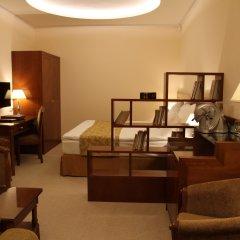 Гостиница Вэйлер 4* Улучшенный номер с различными типами кроватей фото 2