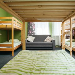 Хостел Достоевский Кровать в мужском общем номере с двухъярусными кроватями фото 3