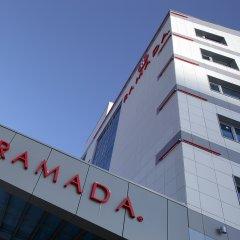 Гостиница Рамада Москва Домодедово вид на фасад