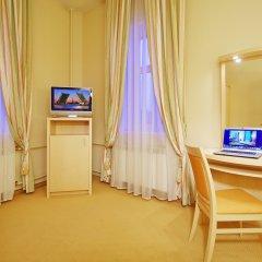 Гостиница Октябрьская 4* Люкс с различными типами кроватей фото 3