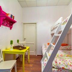 Хостел Друзья на Литейном Номер с различными типами кроватей (общая ванная комната) фото 6