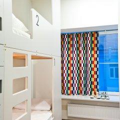 Хостел Graffiti L Кровать в общем номере с двухъярусной кроватью фото 24