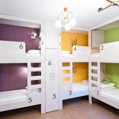 Хостел Graffiti L Кровать в общем номере с двухъярусной кроватью фото 23