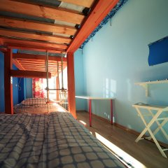 Хостел Ура рядом с Казанским Собором Кровать в общем номере с двухъярусной кроватью