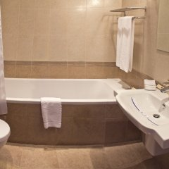 Гостиница Reikartz Europe Hotel Украина, Донецк - отзывы, цены и фото номеров - забронировать гостиницу Reikartz Europe Hotel онлайн ванная фото 2
