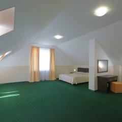 Гостиница Лето 2* Люкс с различными типами кроватей фото 7