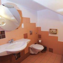 Kruton Hotel 2* Стандартный номер с разными типами кроватей фото 4