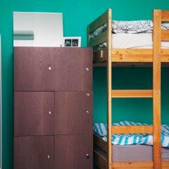 Хостел Достоевский Кровати в общем номере с двухъярусными кроватями фото 9