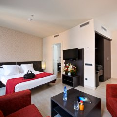 Отель Capri By Frazer 4* Номер Делюкс фото 3