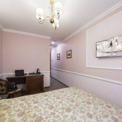 Гостиница Старый Город на Кузнецком 3* Улучшенный номер двуспальная кровать фото 7