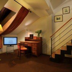Hotel Leonardo Prague 4* Люкс с различными типами кроватей фото 3
