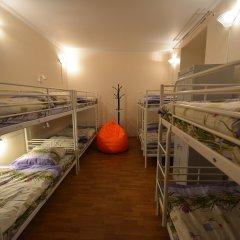Хостел Абрикос Кровать в женском общем номере с двухъярусными кроватями фото 5