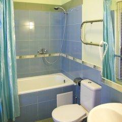 Гостиница Парадная 3* Улучшенный номер с различными типами кроватей фото 9