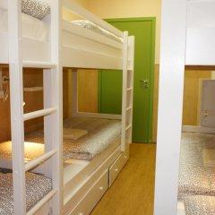 Гостевой Дом Полянка Кровать в мужском общем номере с двухъярусными кроватями фото 9