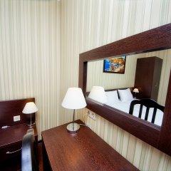 Отель Фаворит 3* Улучшенный номер фото 10