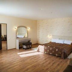 Гостиница Кристалл 3* Апартаменты с различными типами кроватей