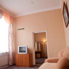 Гостиница Пансионат Кристалл Улучшенный люкс с разными типами кроватей фото 4