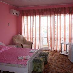Отель Бегущая по Волнам 2* Стандартный семейный номер фото 3
