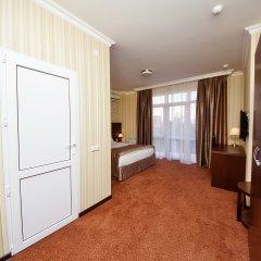 Отель Фаворит 3* Улучшенный номер фото 17