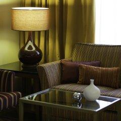 Гостиница Ренессанс Москва Монарх Центр комната для гостей фото 3