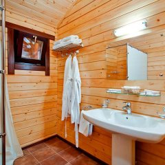 Гостиница Золотая бухта Бунгало с различными типами кроватей фото 10