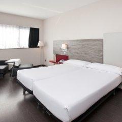 Отель ILUNION Barcelona 4* Стандартный номер с различными типами кроватей фото 5