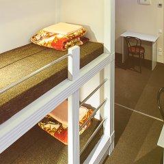 Отель Привет Кровать в общем номере фото 15