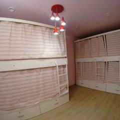 Гостиница HQ Hostelberry Кровать в общем номере двухъярусные кровати фото 11