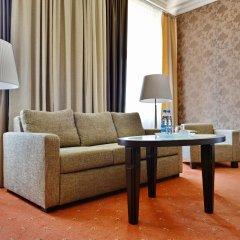 Гостиница Петро Палас 5* Номер Делюкс (полулюкс) с различными типами кроватей фото 2