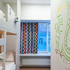 Хостел Graffiti L Кровать в общем номере с двухъярусной кроватью фото 15