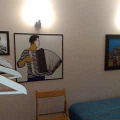 Хостел Angel Court Yard Кровать в общем номере двухъярусные кровати фото 12